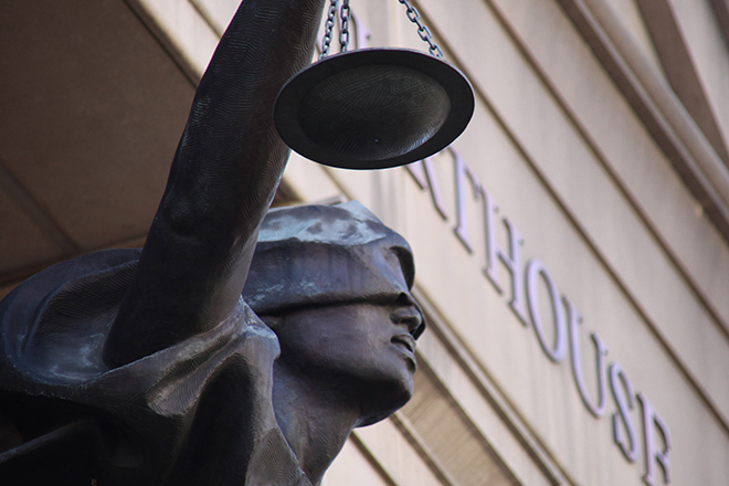 Measuring the Complexity of the Law